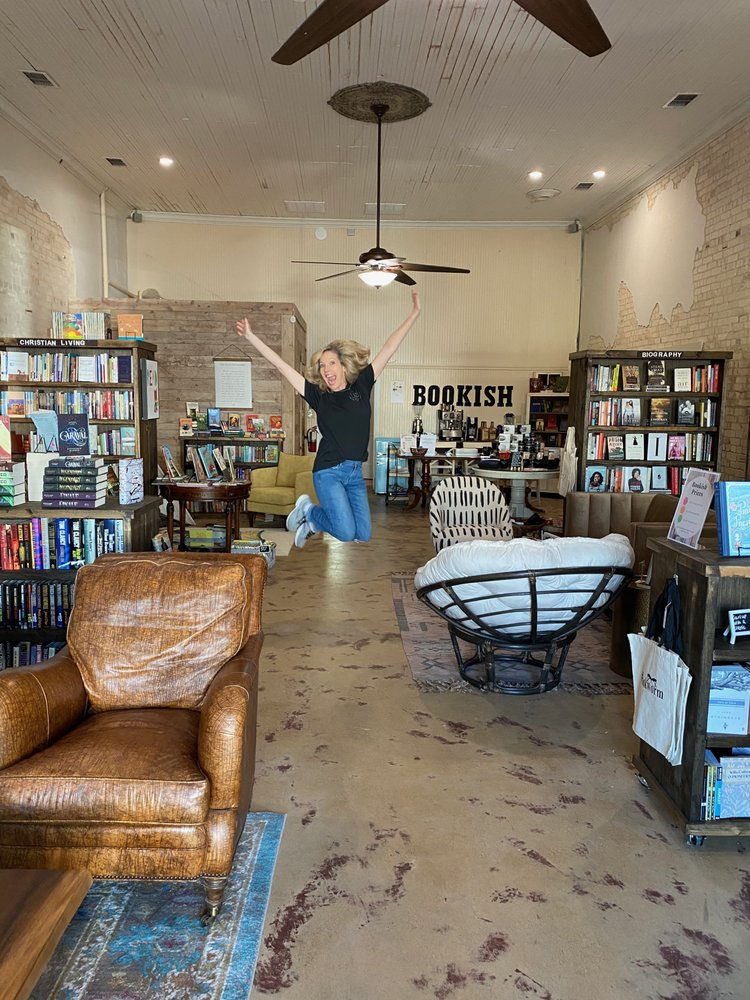 Bookish: 211 S Terry St, Malakoff, TX