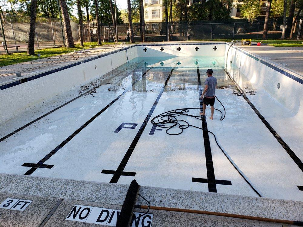 Hunter's Pool Service