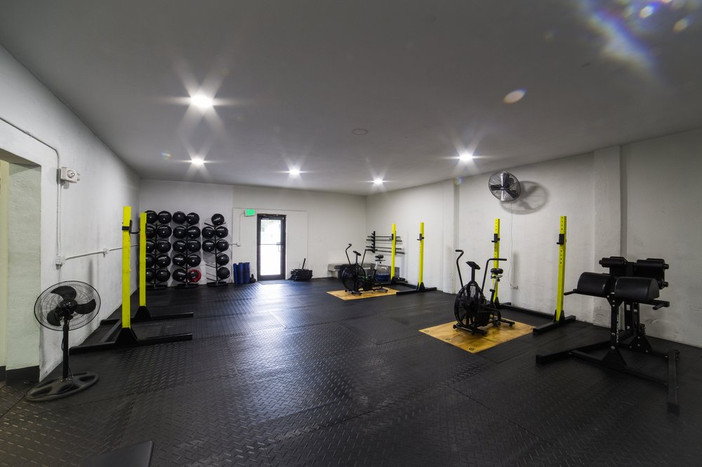 Crossfit Yellow Falcon