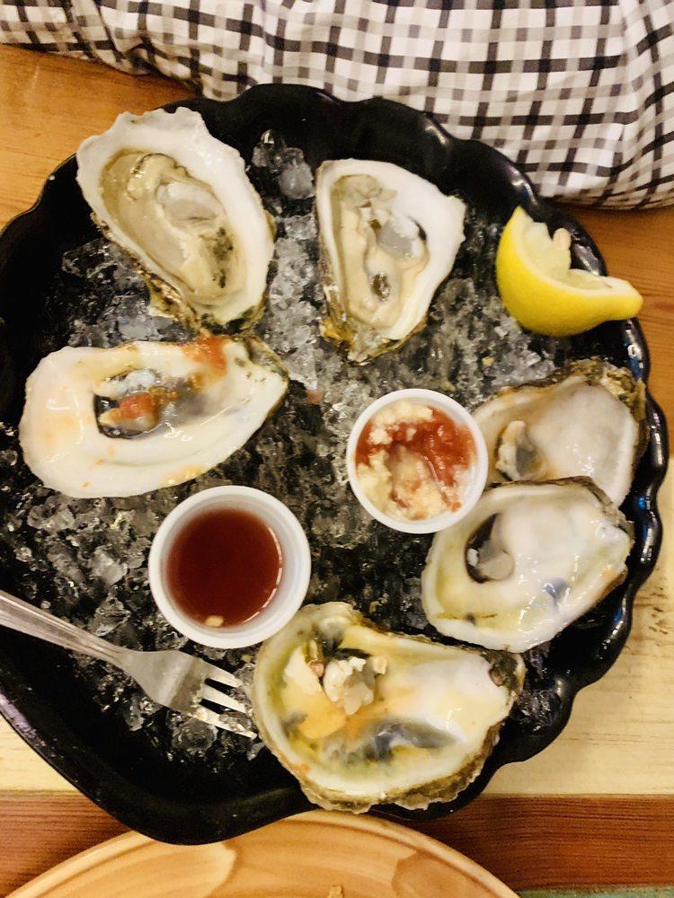 The Magic Oyster: 10999 S Ocean Dr, Jensen Beach, FL