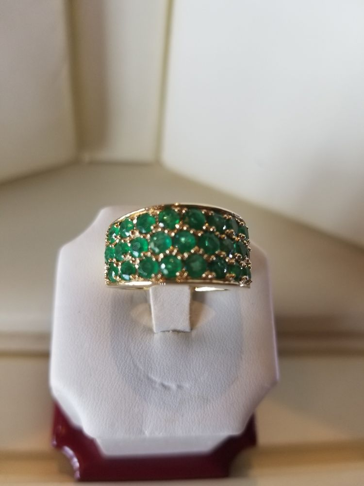A & G Design Jewelers: 6120 Winthrop Town Centre Ave, River View, FL