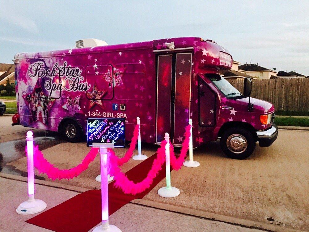 Rockstar spa bus 10 photos party event planning for Bus mallemort salon