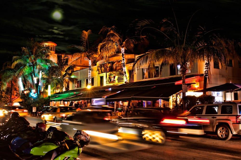 Nightclub Near  Ocean Drive Miami Beach Fl