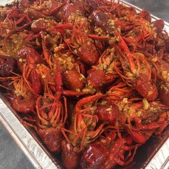 Anna s crawfish seafood market 73 photos 92 reviews for Fresh fish market houston
