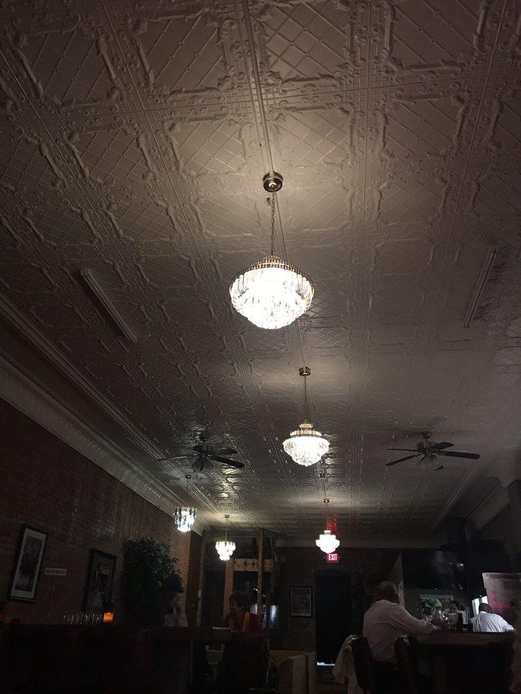 424 Lounge: 424 Cherokee St, Leavenworth, KS