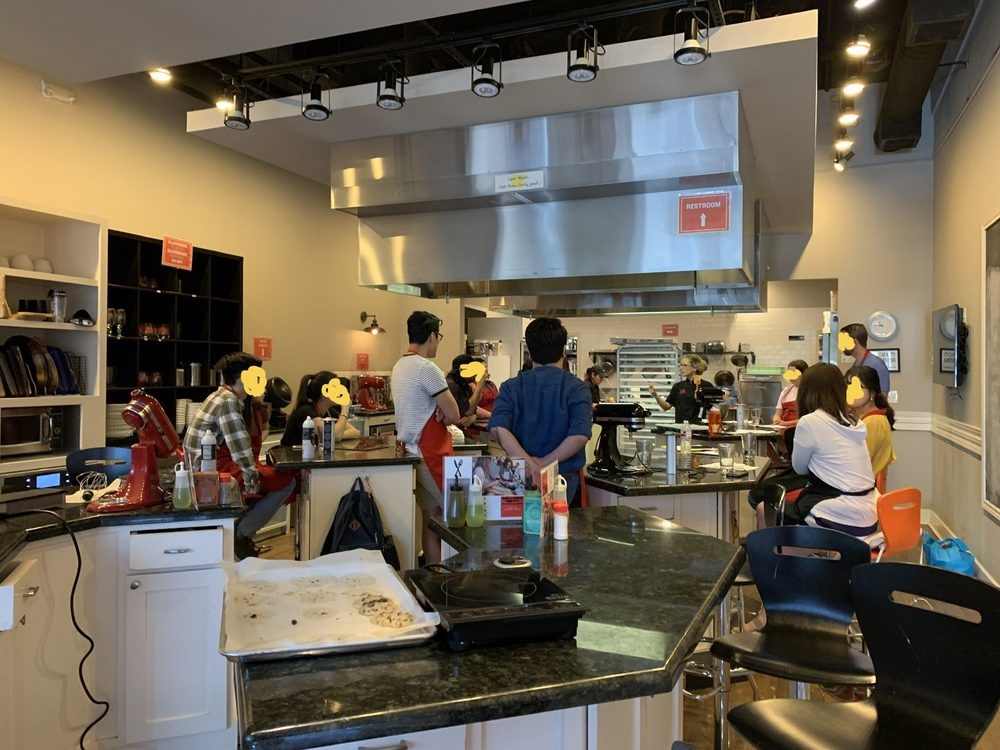 Well Done Cooking Classes: 2811 Airline Dr, Houston, TX