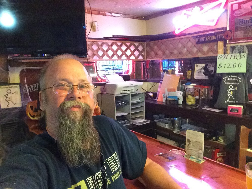 Rusty Nail: 747 S Broadway St, Blackfoot, ID