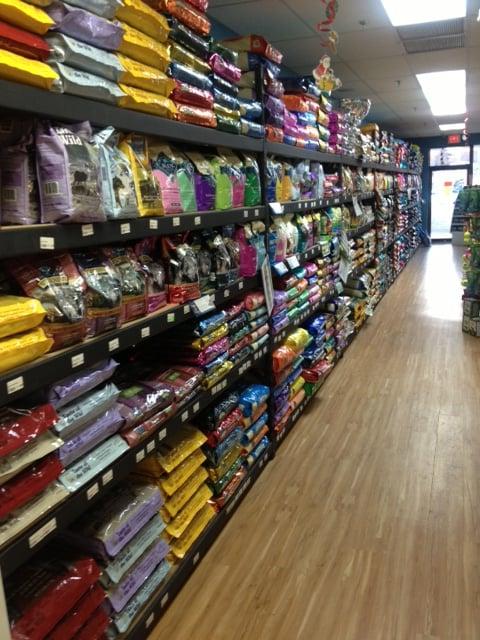 Pets Plus: 123 Nashua Rd, Londonderry, NH