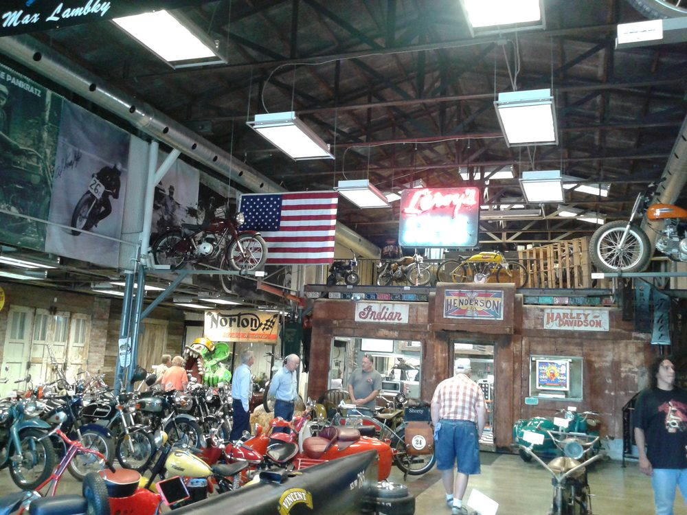 Twisted Oz Motorcycle Museum: 601 W 7th St, Augusta, KS