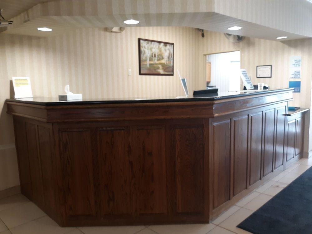 Baymont by Wyndham Kirksville: 2702 South Franklin St, Kirksville, MO