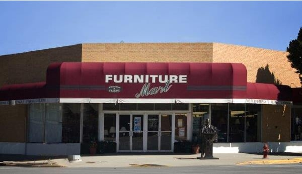5th & Main Furniture by Freed's: 430 Main St, Rapid City, SD