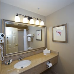 Photo Of Country Inn Suites Hotel Bedford Nh United States