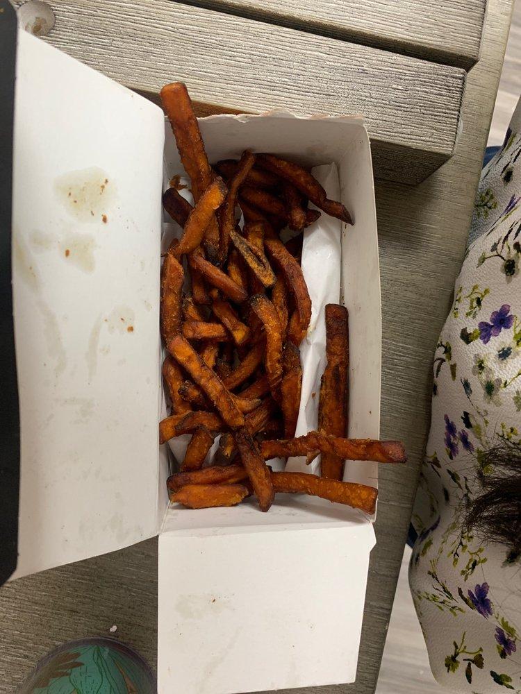 Burgerim: 6155 Eastex Fwy, Beaumont, TX