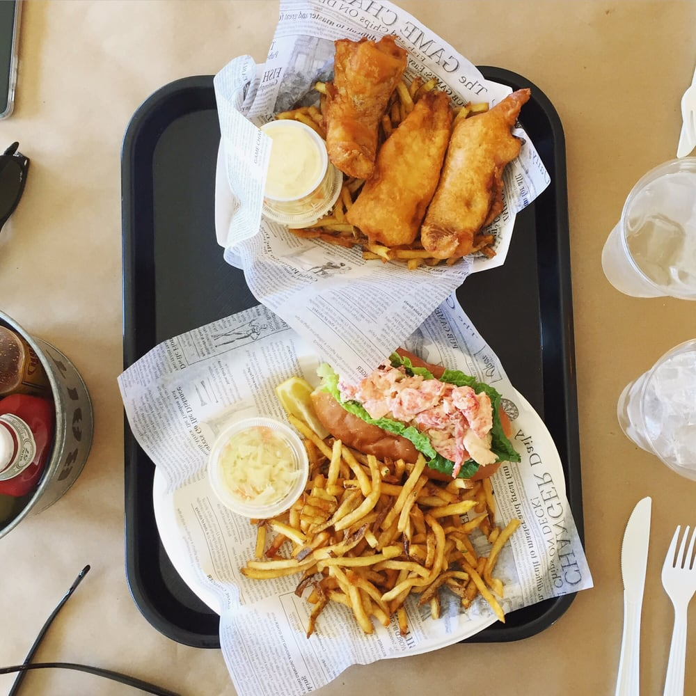 Fish chips and a lobster roll delicious yelp for Southold fish market