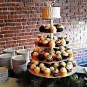 Unique Cake Catering Get Quote 10 Photos Bakeries 103 17th