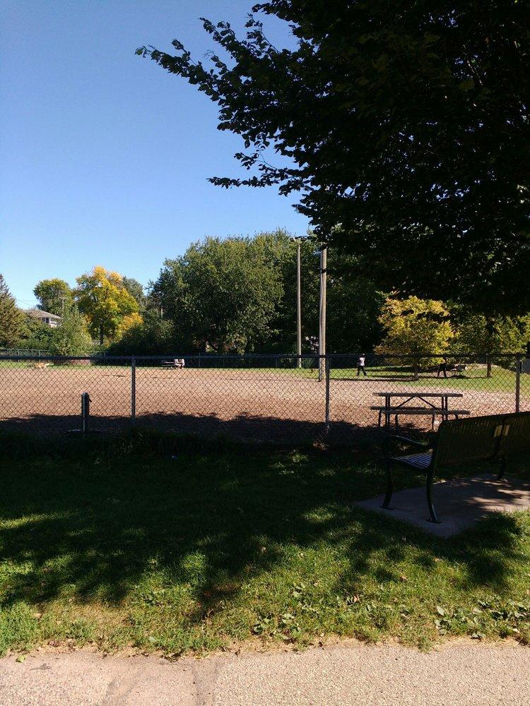 Bassett Creek Park