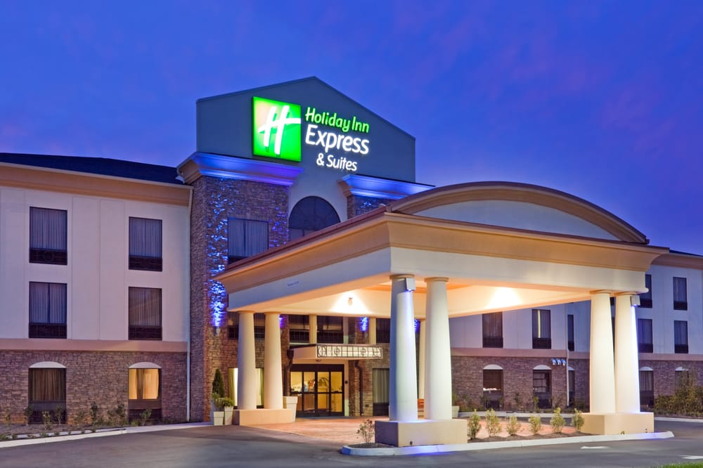 Holiday Inn Express & Suites Knoxville-Farragut: 816 N Campbell Station Rd, Knoxville, TN