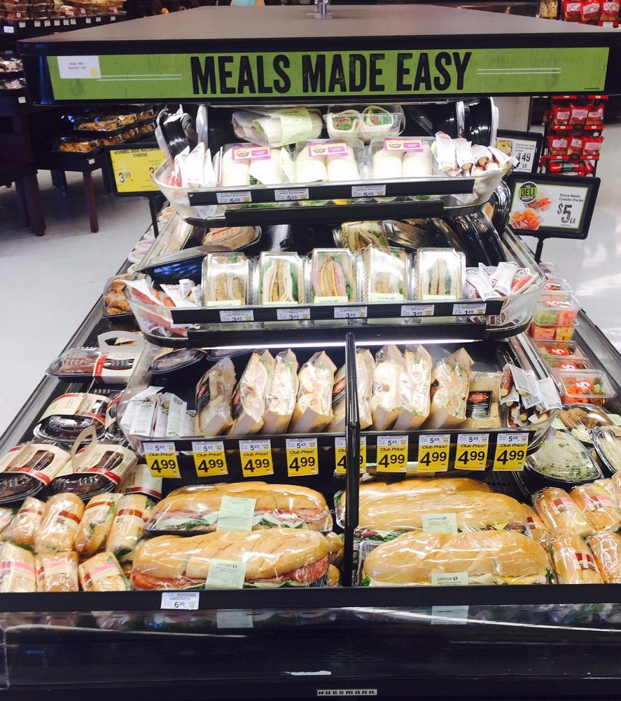Safeway Food & Drug: 1300 Dexter St, Fort Lupton, CO