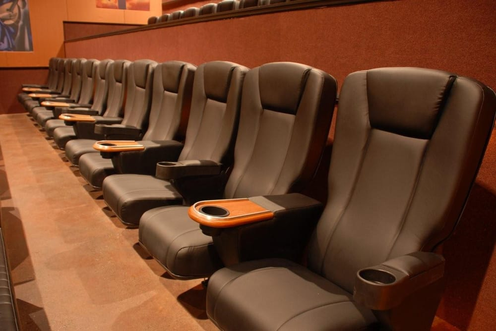 Cinetopia Mill Plain 8 Living Room Theater