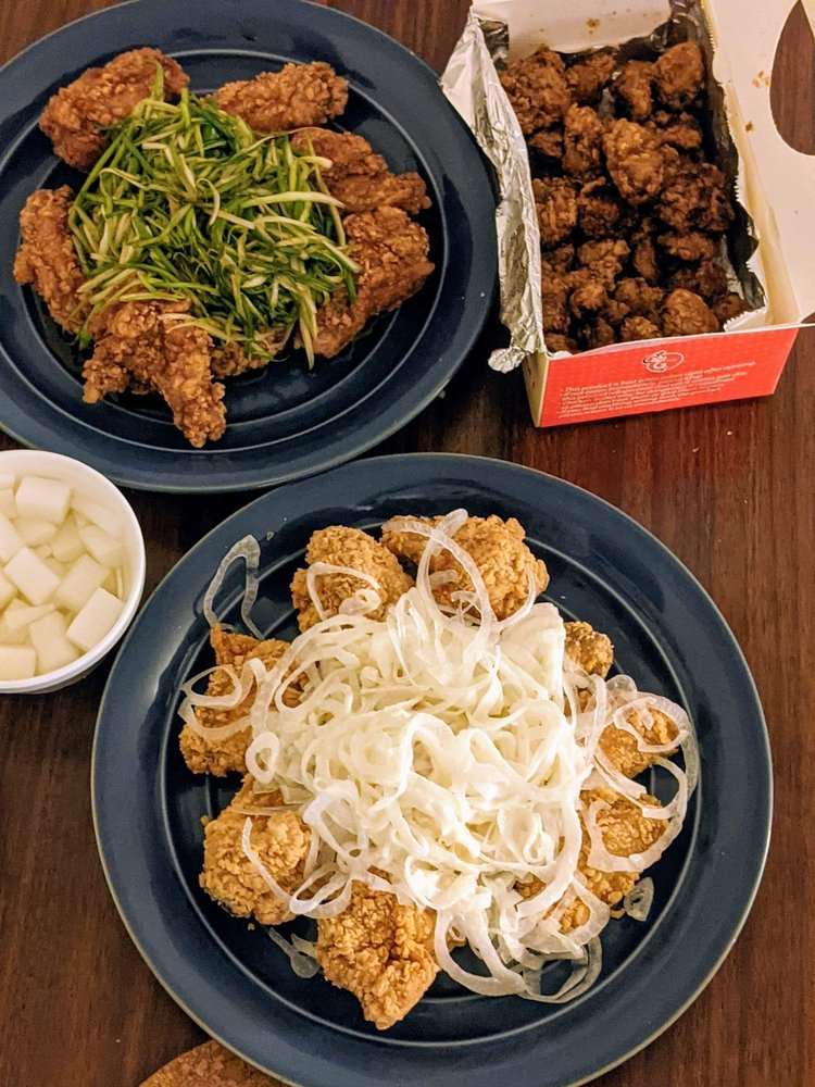 CM Chicken: 3333 W Touhy Ave, Lincolnwood, IL