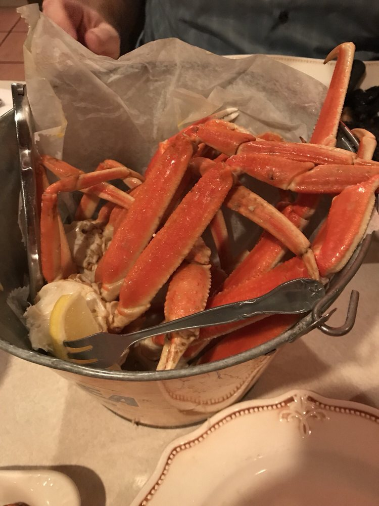 Food from Crabby Bob's Crab