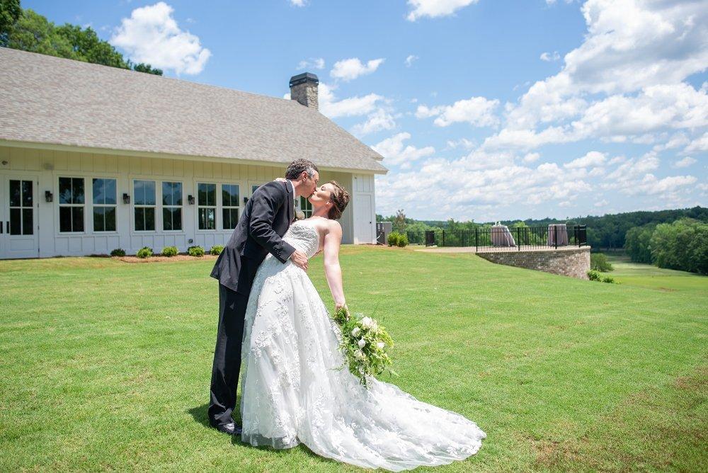 Chimney Oaks Golf Club: 148 Chimney Oaks Dr, Homer, GA