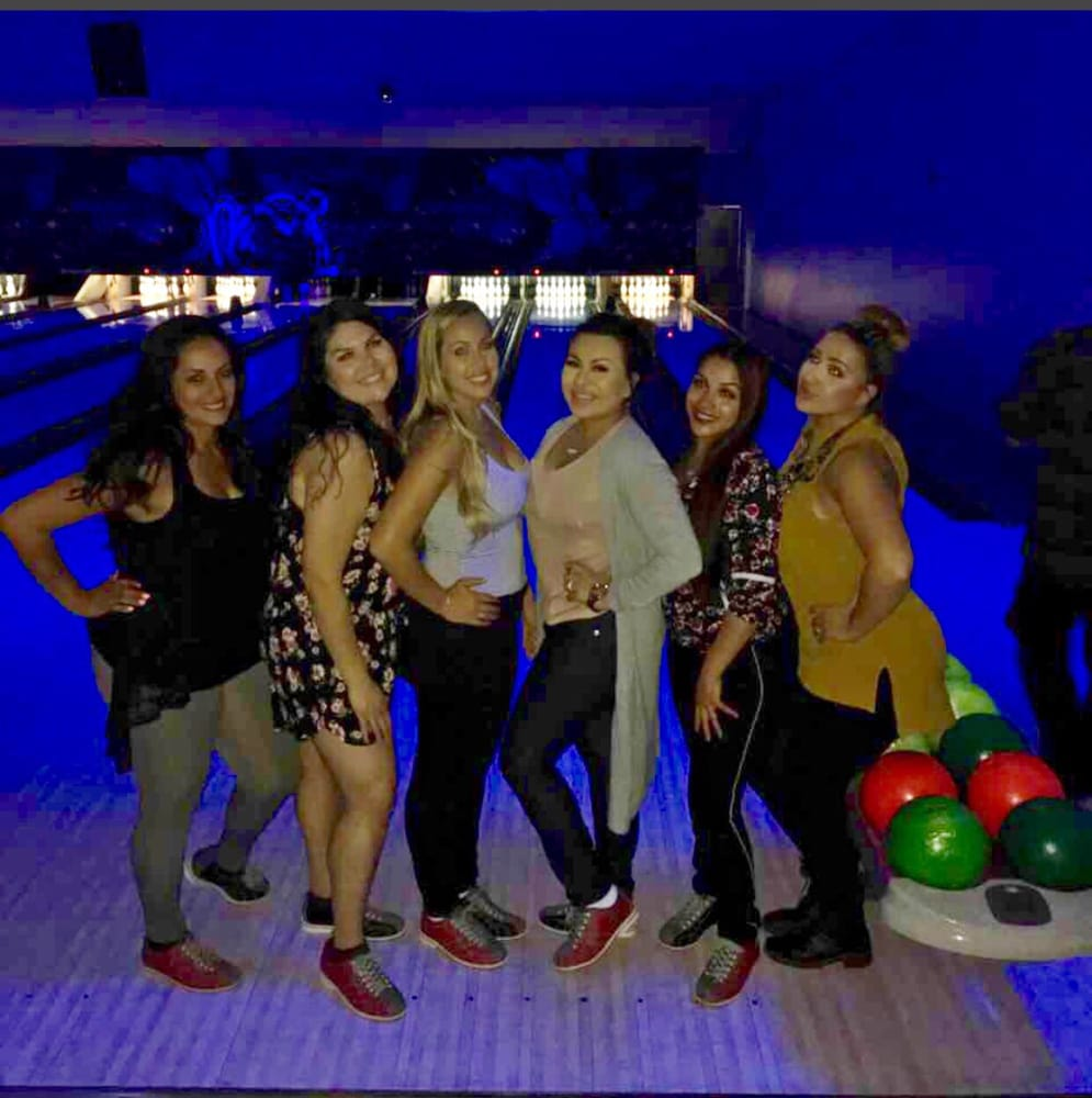 Palm Springs Lanes: 68051 Ramon Rd, Cathedral City, CA