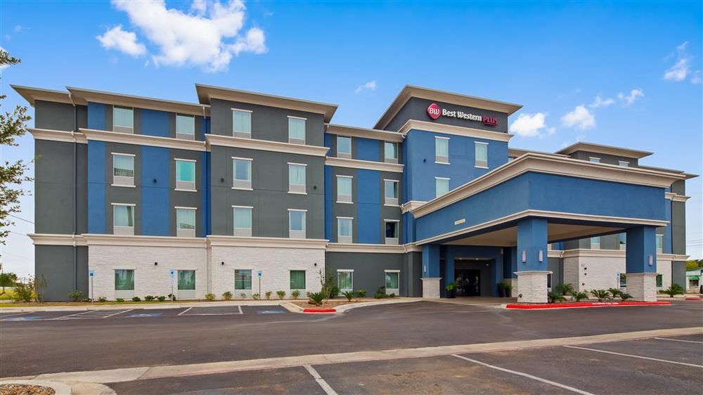 Best Western Plus Laredo Inn & Suites: 3110 Santa Ursula Ave, Laredo, TX