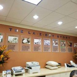 La Z Boy 15 Photos 25 Reviews Furniture Stores 9095 S Virginia St South Reno Reno Nv
