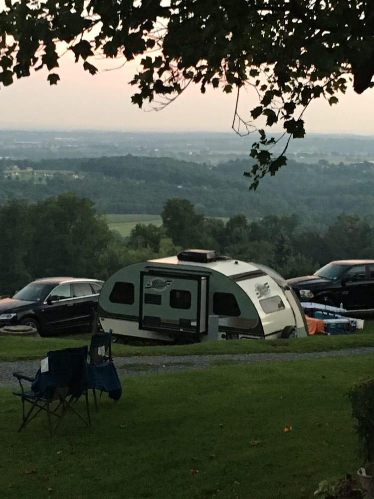 Starlite Camping Resort: 1500 Furnace Hill Rd, Stevens, PA