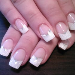 New york nails nail salons 30 belvedere lawn cork for Acrylic nail salon nyc