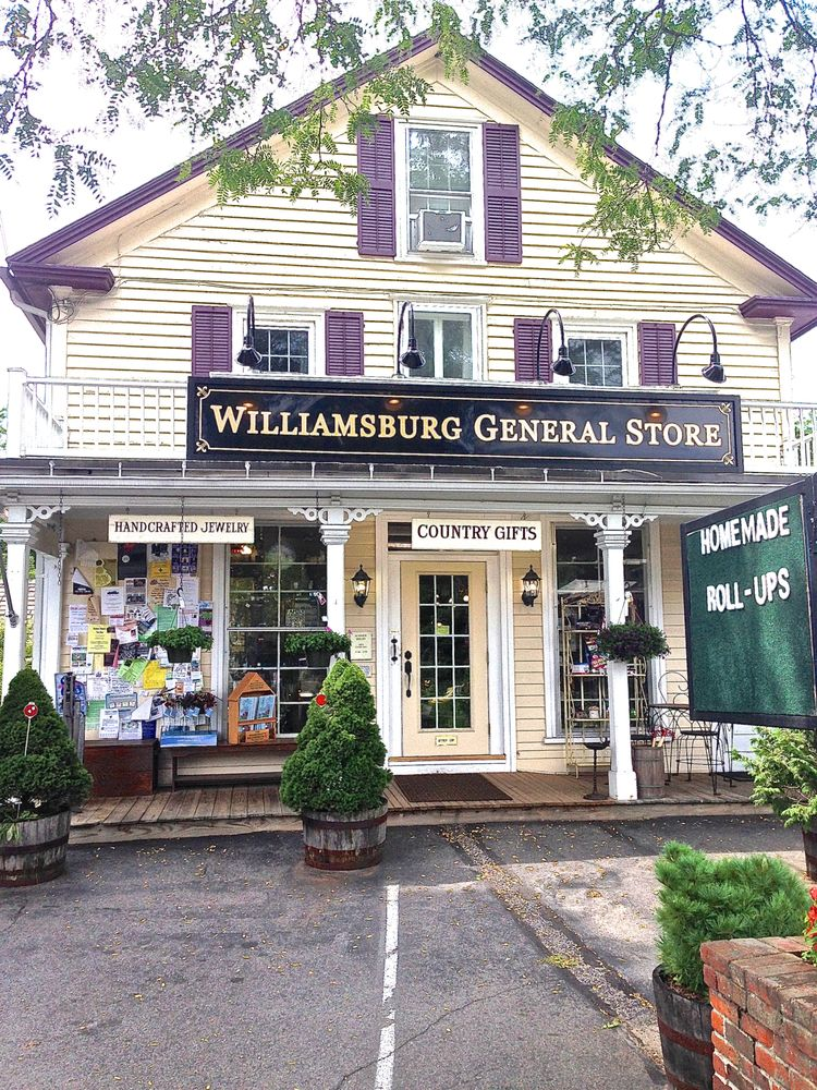 one of the top 20 most charming country stores in america