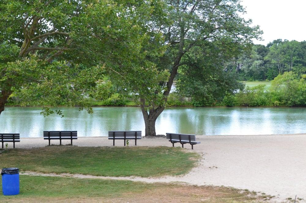 Arlington Reservoir Beach: Lowell St, Arlington, MA