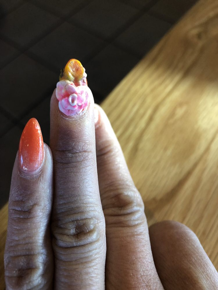 Classy Nails And Spa: 2025 S 14th St, Abilene, TX