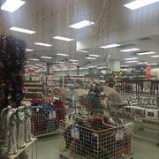 Christmas Tree Shops - 11 Reviews - Christmas Trees - 92 Cluff ...