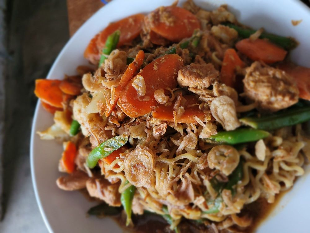 BoBoKo Indonesian Cafe: 217 S Liberty St, Harrisonburg, VA