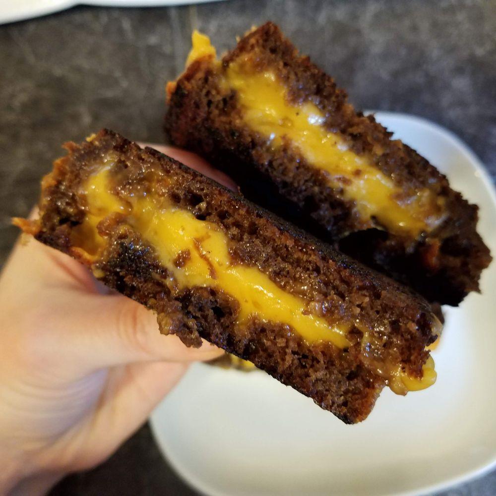 Mel's Molasses Bread: Beavercreek, OR