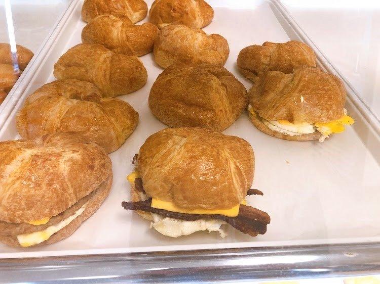Snowflake Donuts: 9814 Fry Rd, Cypress, TX