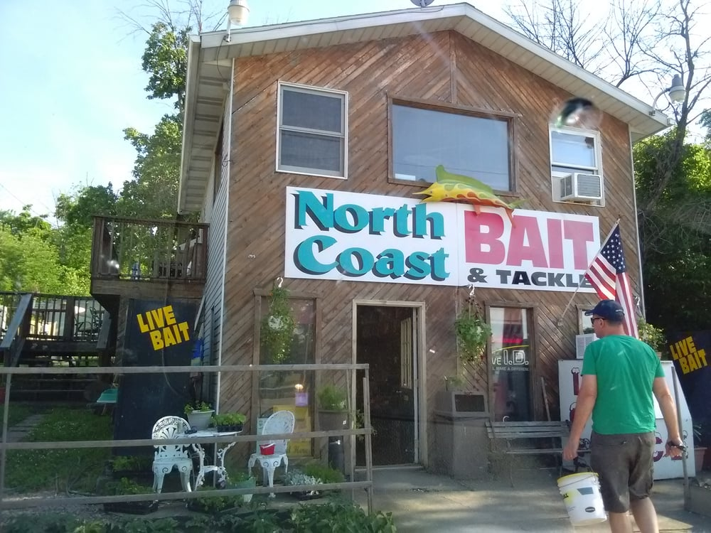 North Coast Bait & Tackle: 16963 Mahoning Ave, Lake Milton, OH