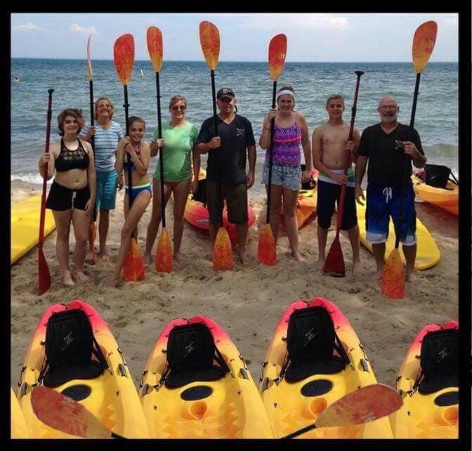 Tawas Bay Paddle Shack: 429 W Lake St, Tawas City, MI