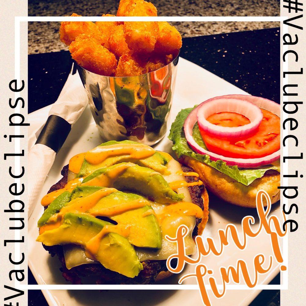 Eclipse Restaurant, Sportsbar and Billiards: 5615 Wellington Rd, Gainesville, VA