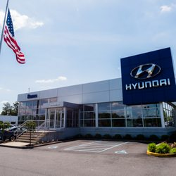 Burns Hyundai - 14 Photos & 54 Reviews - Car Dealers - 550 W