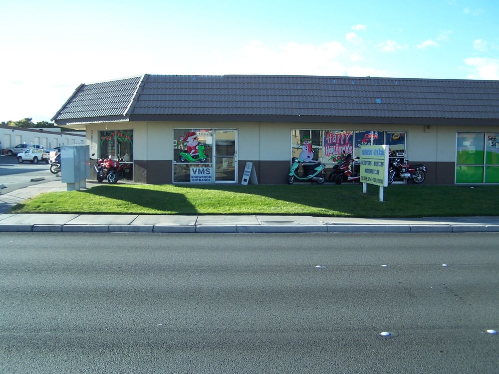 Pics Of Shop Outside On Valley View Just Behind The Gold