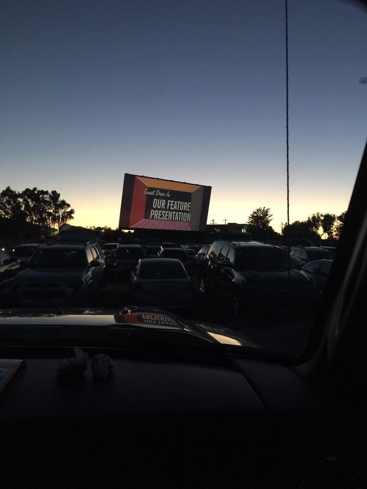 Sunset drive in theater 63 foto 39 s 167 reviews drive for Drive in bioscoop
