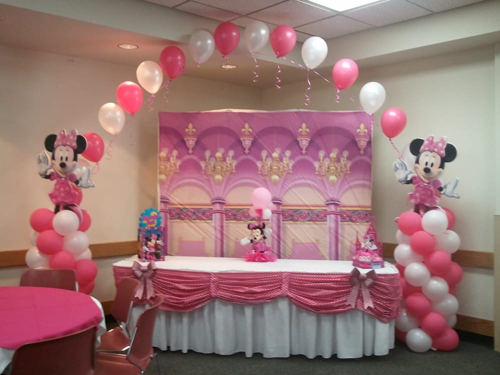 minnie mouse cake table decoration yelp. Black Bedroom Furniture Sets. Home Design Ideas