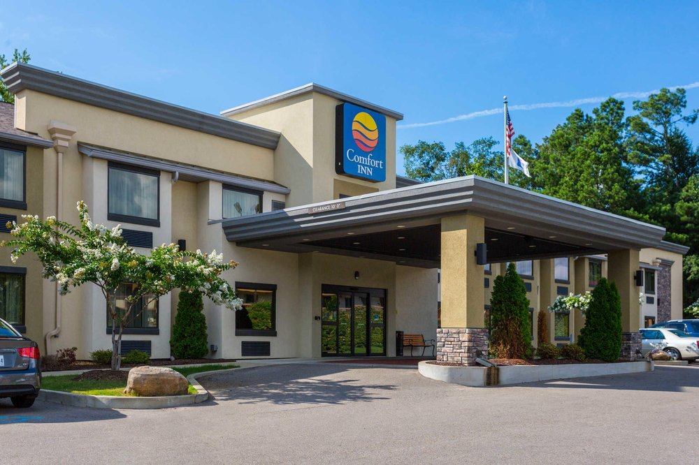 Comfort Inn: 1532 McCullough Blvd, Tupelo, MS