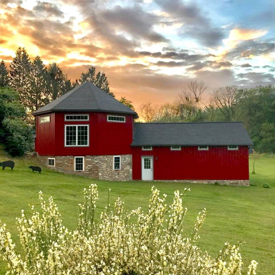 Penn's Farm Antiques & Other Treasures: 401 Zook Rd, Atglen, PA
