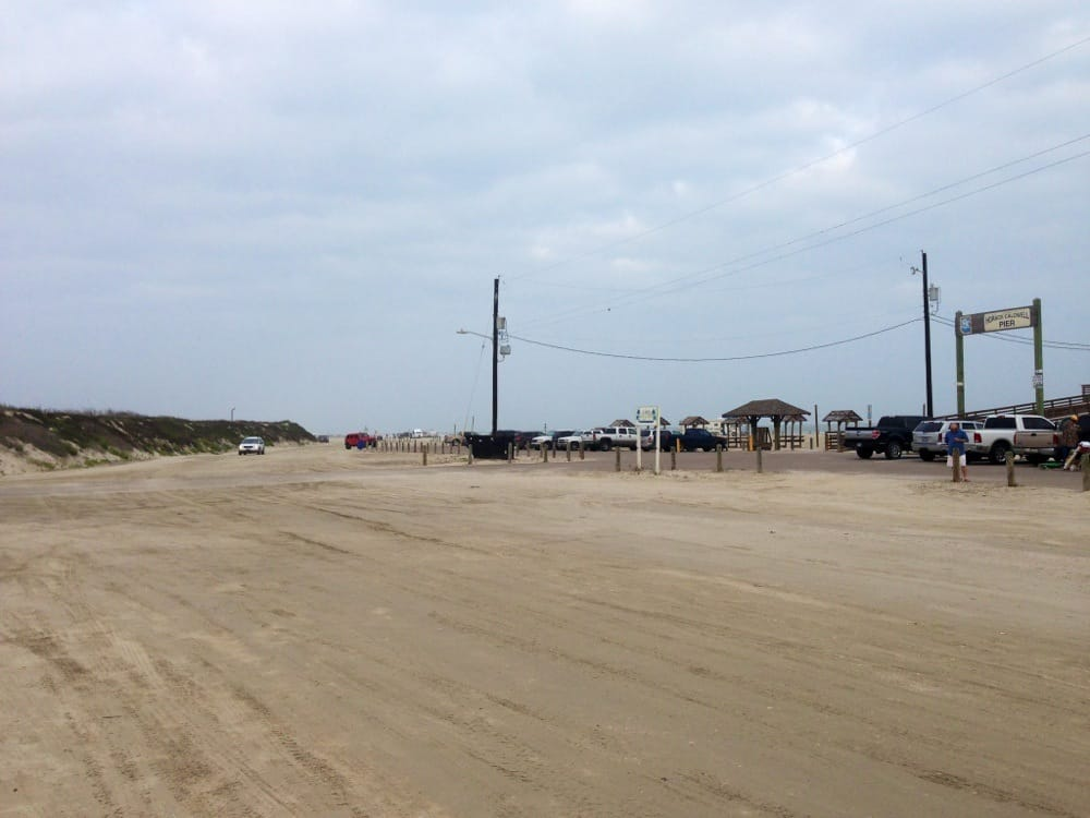 Lots of parking near the pier yelp for Fishing report port aransas