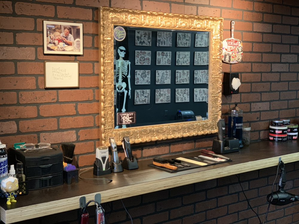 Jewel City Barber Shop: 1141 4th Ave, Huntington, WV