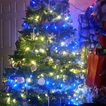 Shawns Christmas Trees - 26 Photos - Christmas Trees - 6815 S La ...